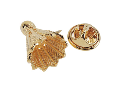 TP55-23G Gold Badminton Sports Novelty Lapel Pin for Suit